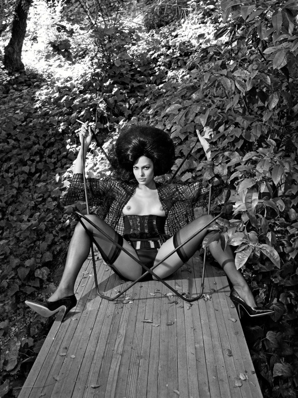 Steven_Meisel_Policy_Of_Truth_02