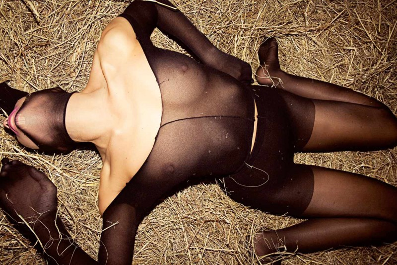 Lena_Vazhenina_-_Youve_Seen_the_Butcher_01