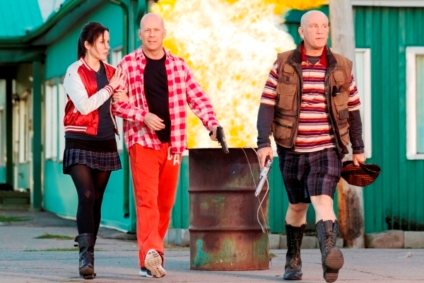(L-R) MARY-LOUISE PARKER, BRUCE WILLIS and JOHN MALKOVICH star in RED 2 Photo: Jan Thijs © 2013 Summit Entertainment, LLC.  All rights reserved.