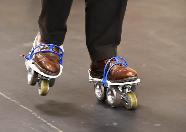 Akinančiai stilingi elektriniai Rollkers riedučiai