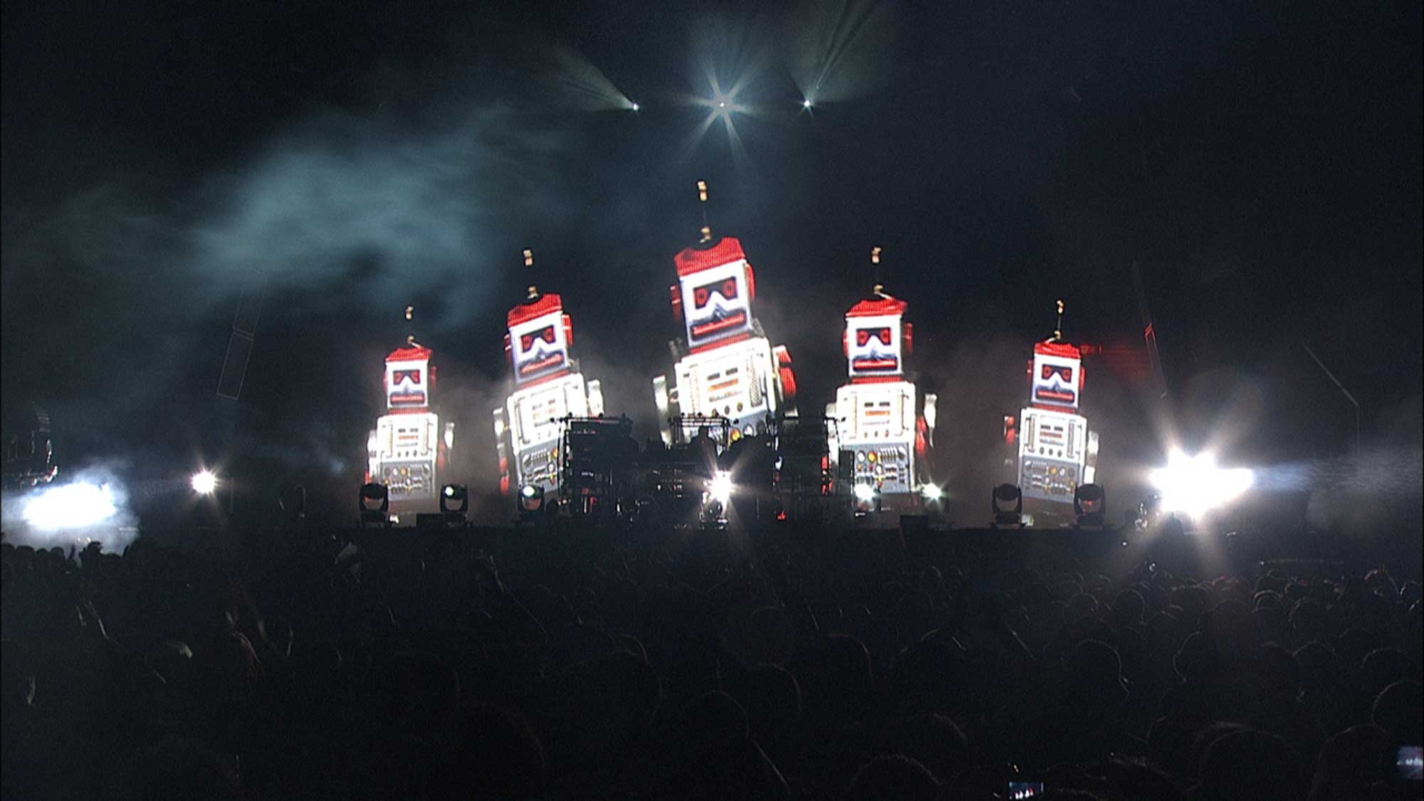 The_Chemical_Brothers-2015-image