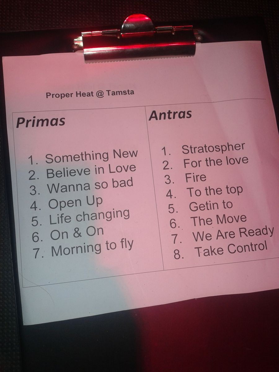 Proper_Heat_live_at_Tamsta_Club_setlist